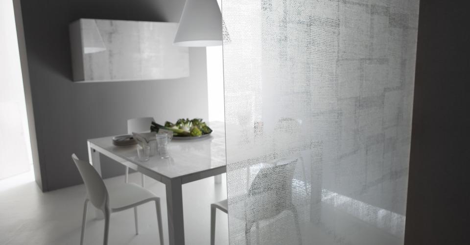 Satinato glasarbeitsplatte satiniertes glas for Kuchenarbeitsplatte aus glas
